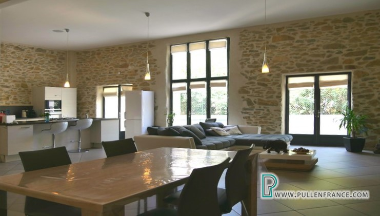 barn-conversion-for-sale-argeliers-11