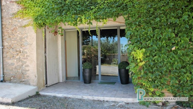 house-for-sale-minervos-2