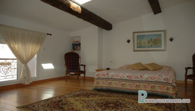 house-for-sale-nevian-14