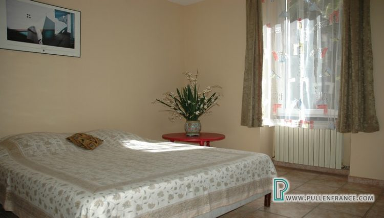 house-for-sale-nevian-15