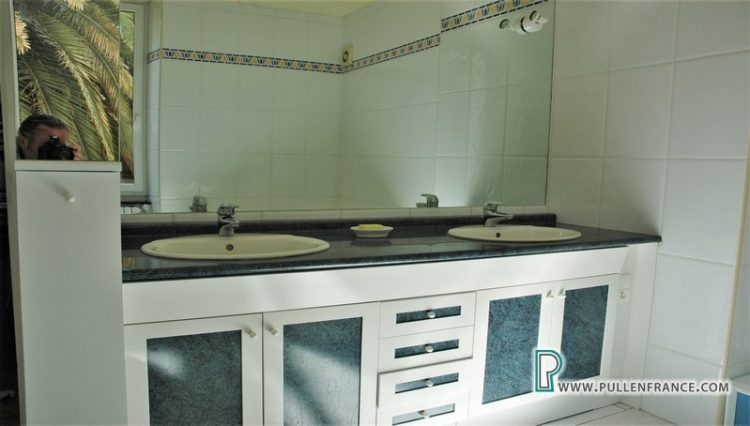 house-for-sale-nevian-18