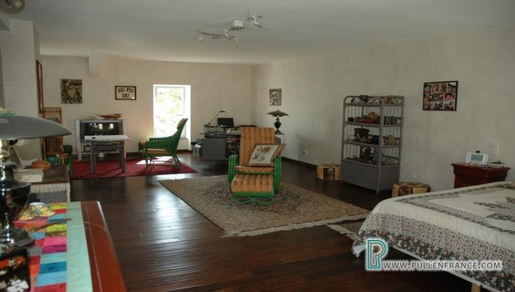 house-for-sale-nevian-21