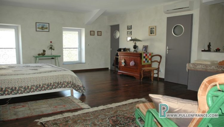 house-for-sale-nevian-24