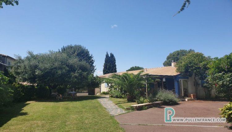 villa-for-sale-salleles-daude-7