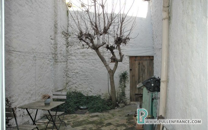 village-house-for-sale-narbonne-16
