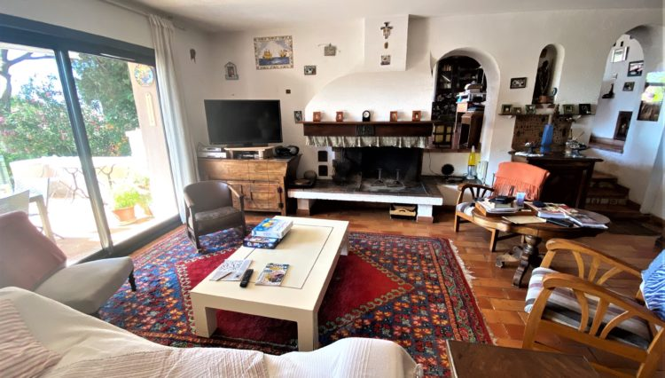 bages-house-for-sale-15