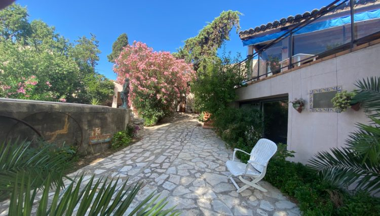 bages-house-for-sale-3