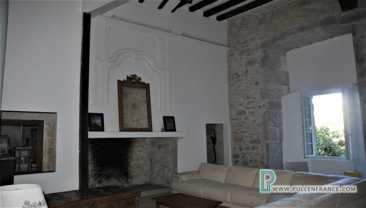 chateau-for-sale-languedoc-7