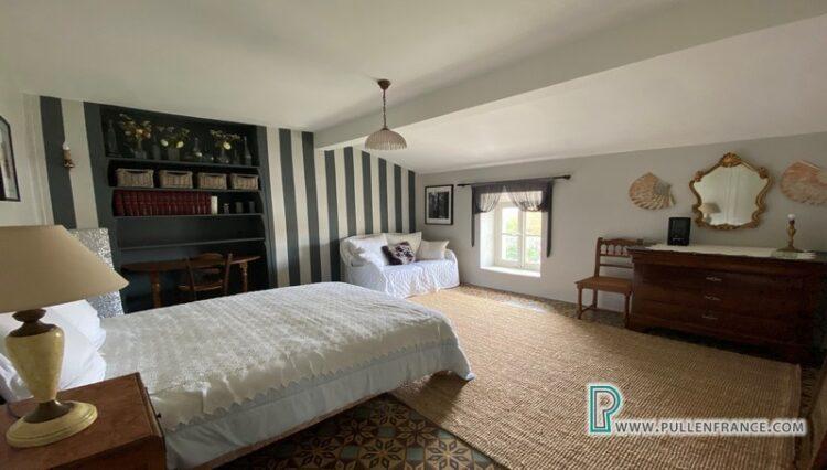 house-for-sale-autignac-17
